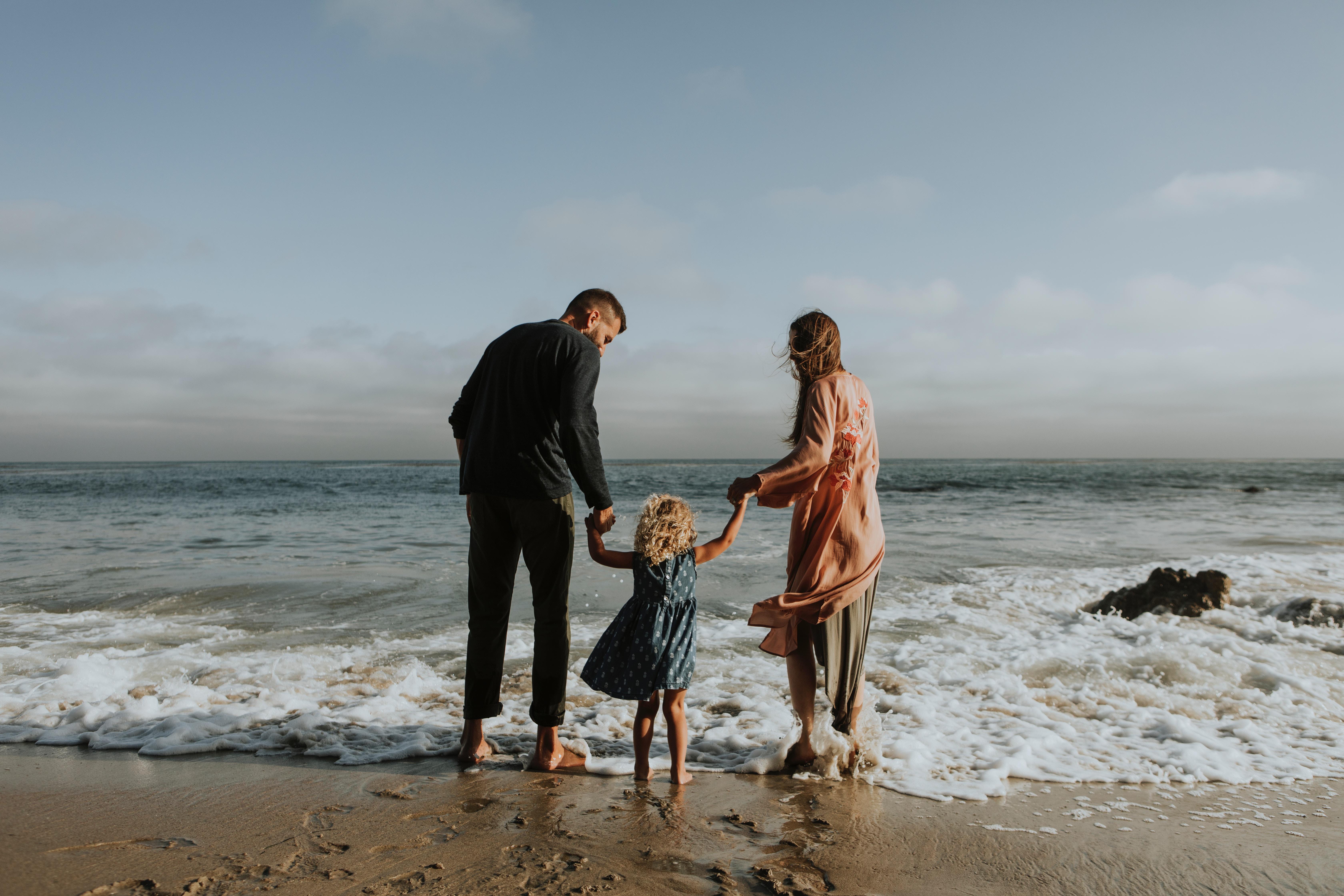 Krankenkasse Beratung Familie am Meer